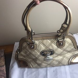 Kathy van Zeeland quilted gold and cream purse